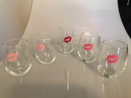 Glass Tumblers with kisses