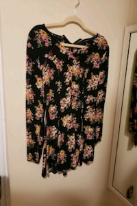 Floral cut out back size small Mississauga, L5B