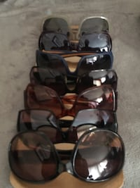 7 pairs of sunglasses for 25$ Burnaby, V5A 4G5