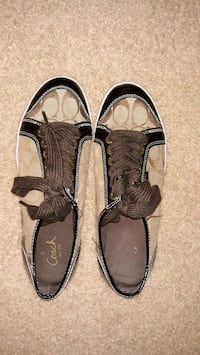Coach shoes Burnsville, 55337