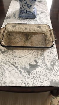 Anchor ware oven dish 8x11