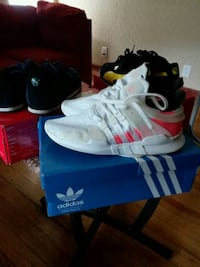 pair of white Adidas NMD shoes with box Columbus, 43207