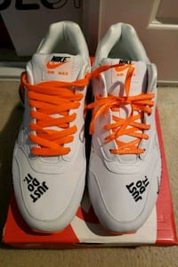 Nike Air Max(Just Do It)*Brand New*-Size 10.5
