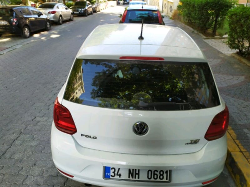 2015 Volkswagen Polo 018afeab-7474-407d-9724-a0a768761b7f