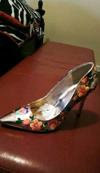 Rose gold floral heels never worn. Size 10. New Orleans