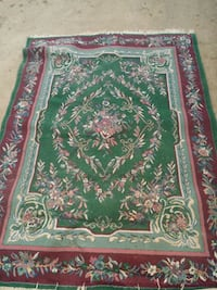 red, green, and white floral area rug Wenatchee, 98801