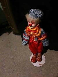 clown ceramic figurine Saginaw, 48604