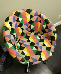 multicolored rolling armchair Victoria, V9B 2X8