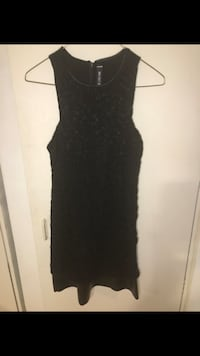 Design lab by lord and Taylor black lace and leather panel dress small Toronto, M5R