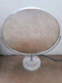 Two Sided Magnification Makeup Mirror
