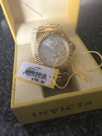 round gold-colored Invicta analog watch with link bracelet and box Tampa, 33615