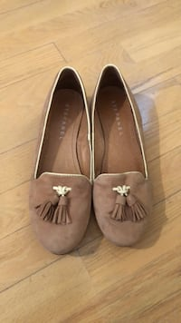 Stefanel - size 37 flats Richmond Hill, L3T