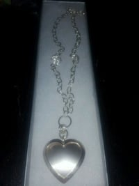 silver-colored heart locket necklace Montreal, H4J 1J6