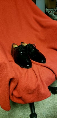 Pattern leather shoes Middletown, 22645