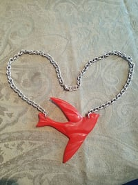 Classic Hardware Necklace Red Bird