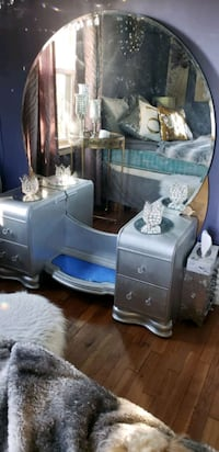 Refurbished antique vanity Nashville, 37076