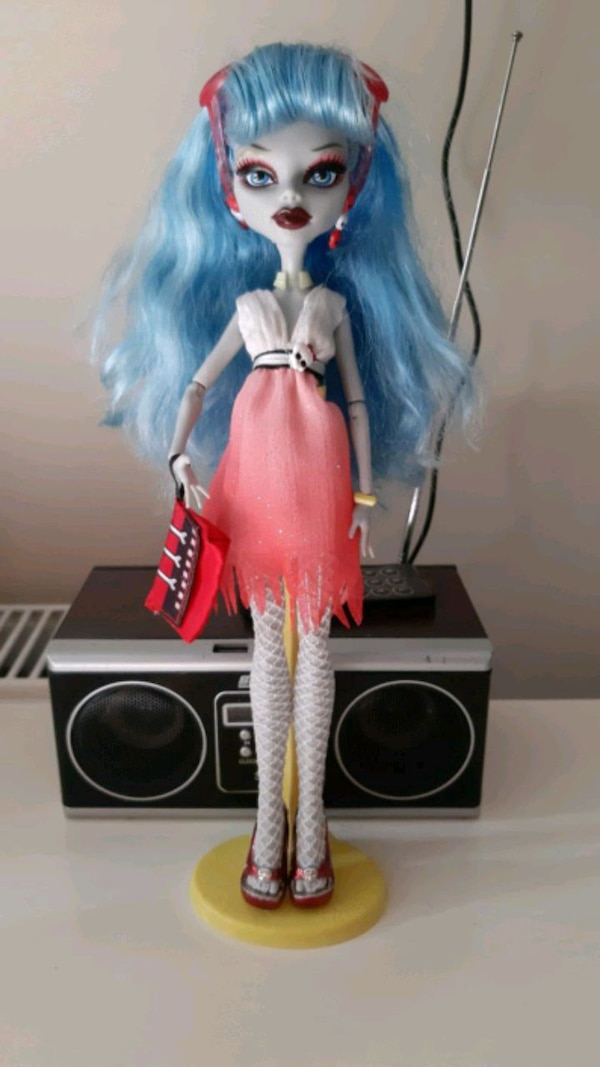 Monster High Gholia Yelps