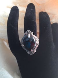 Vintage Black stone and Silver stamped ring