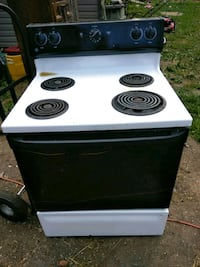 white and black GE electric coil range oven Lexington, 27295