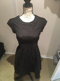 Ladies black midi dress size small Oakville, L6H 1Y4