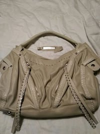Beige purse West Kelowna, V1Z 2X6