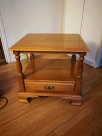 brown wooden single-drawer end table Wasaga Beach, L9Z 2T8