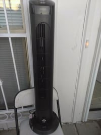 A/c fan like new w/remote control Albuquerque, 87108