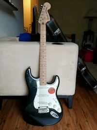 Squire standard stratocaster with Fender Amp and Guitar case Lake Ridge, 22192