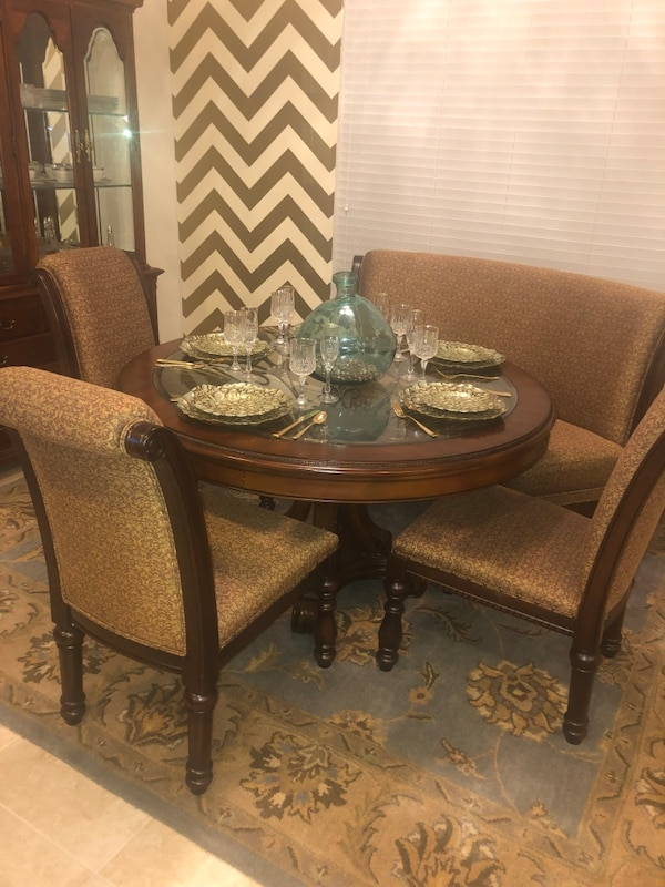 60 Formal Dining Table With 3 Chairs And 1 Banquette