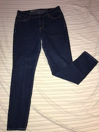 Teen girl skinny jeans Size 10 regular Longview, 98632