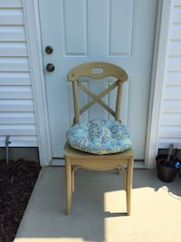 X-Back/Cross Back Chairs w/Cushions Huntersville, 28078