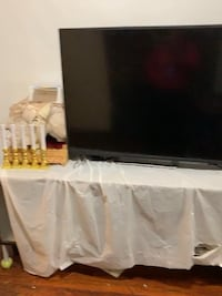 55 inch Vizio tv for sale as is  Washington, 20001