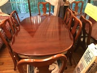 Dining room table with 6 chairs and 2 extensions . Derwood, 20855
