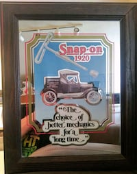 Vintage Snap-on Picture Mirror