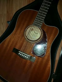 New Fender Acoustic/Electric with Capo & Hard case Toronto, M1J 2Y7