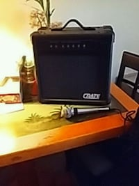 Crate amplifier. GX 15R with microphone