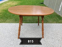 Dining Table *Delivery Available* Hamilton, L9H 5N7