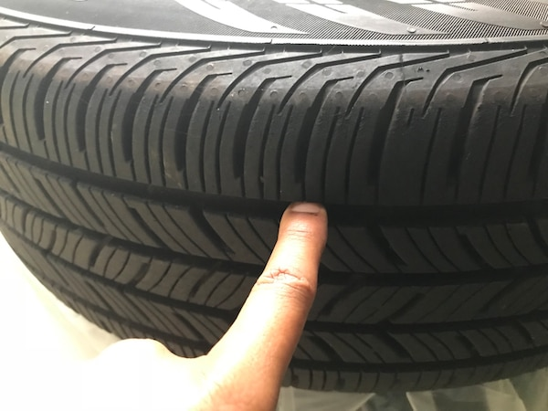 Tires and Wheels - 2018 Toyota 2245445e-17d6-43c8-8e2b-572146df2ea8
