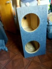 blue and brown subwoofer enclosure El Paso, 79907