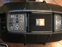 JBL EON 500 Series 515XT(2) Speakers powered by Crown w/ProLine Stands (2) $450/obo
