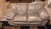 leather  Love Seat   51 km