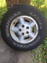 235/75r15 tire and rim Gainesville