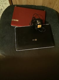 2 Netbooks   asking $50 for both Kitchener