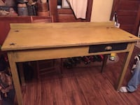 Primitive desk Myersville, 21773