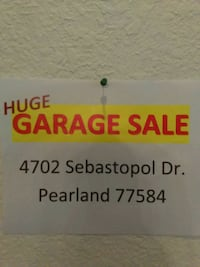 Garage sale HUGE 1206 mi