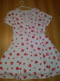White Floral Dress from the Gap Richmond Hill, L4C 3E4