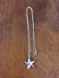Starfish on 18 inch silver plated chain Welland, L3C