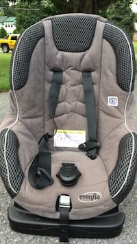 baby's gray and black car seat Damascus, 20872