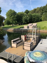 Sell or Trade Pontoon Mooresville, 28117
