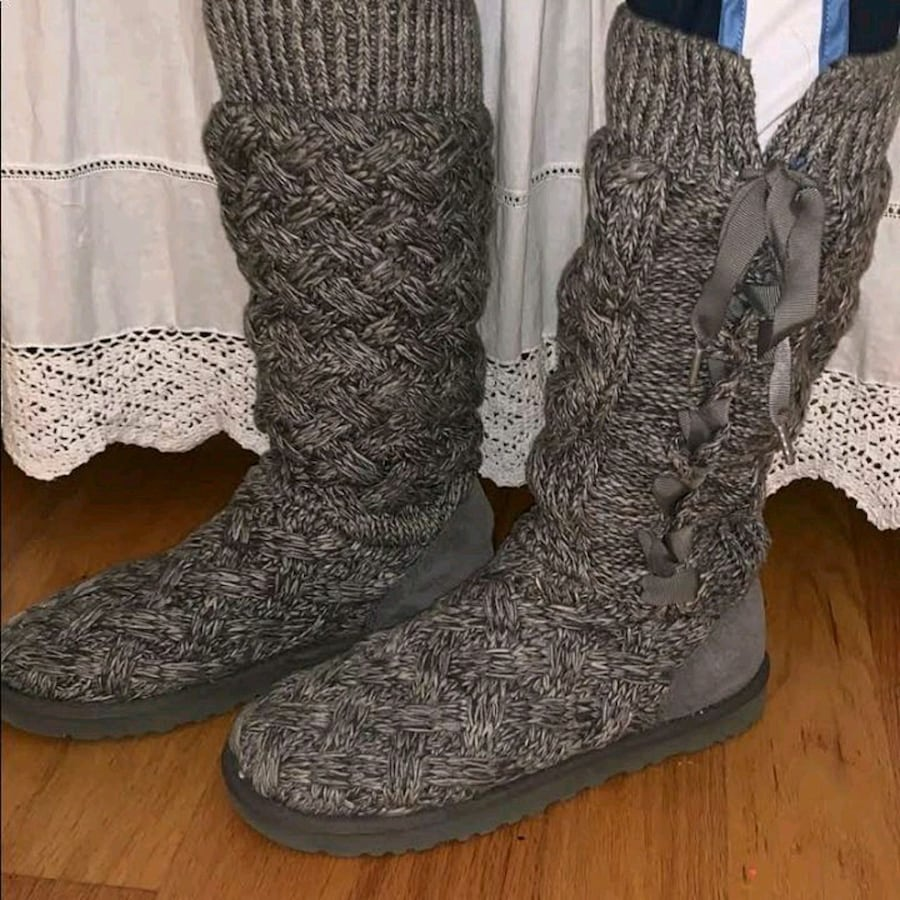 Ugg boots size 6
